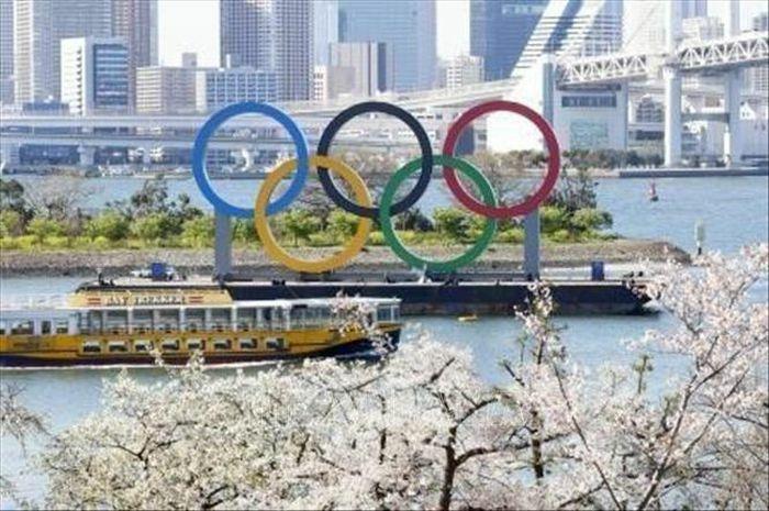 Chủ tịch IOC khẳng định Olympic Tokyo sẽ diễn ra theo đúng kế hoạch - ảnh 1