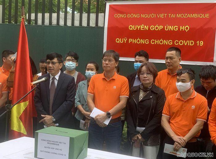 Cộng đồng người Việt tại Mozambique quyên góp ủng hộ Quỹ phòng chống dịch Covid-19 - ảnh 1