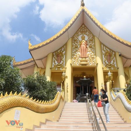 Tu viện Phật giáo giữa Hồi quốc Indonesia biểu tượng của khoan dung và hòa hợp tôn giáo - ảnh 1