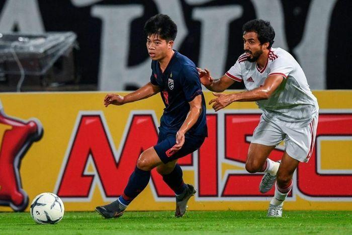 ''Thần đồng'' bóng đá Thái Lan nói điều khiến ĐT Việt Nam mừng thầm - ảnh 1