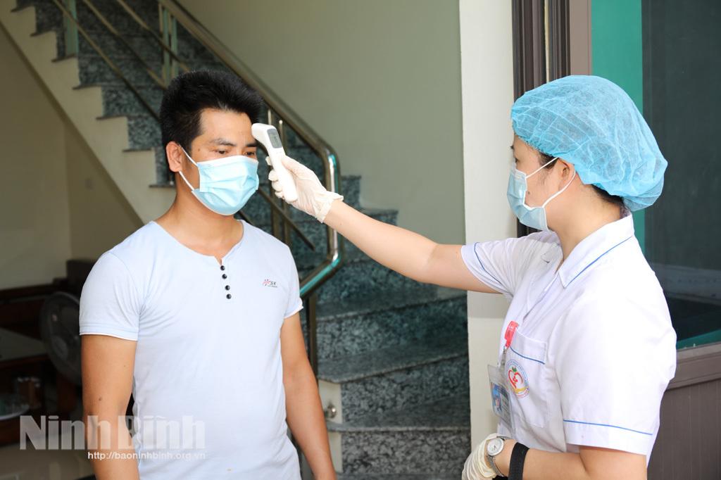 Ba trường hợp tái dương tính ở Ninh Bình đều được cách ly, quản lý chặt - ảnh 1