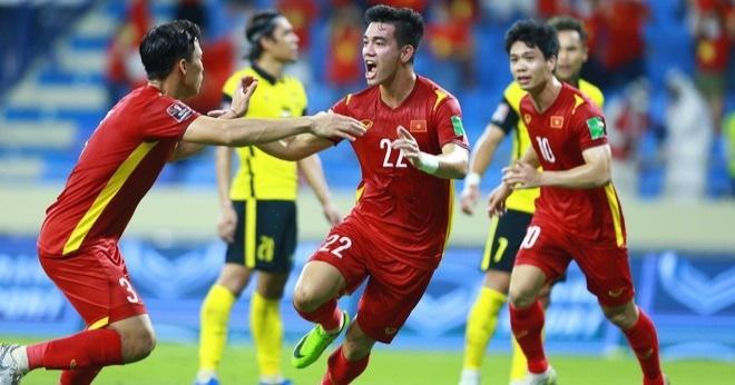 Ai sẽ thay HLV Park Hang Seo chỉ đạo ở trận gặp UAE? - ảnh 1