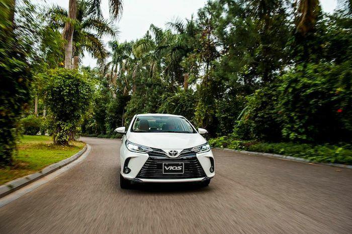 Toyota Corolla Cross vượt mốc 10.000 xe bán ra - ảnh 1