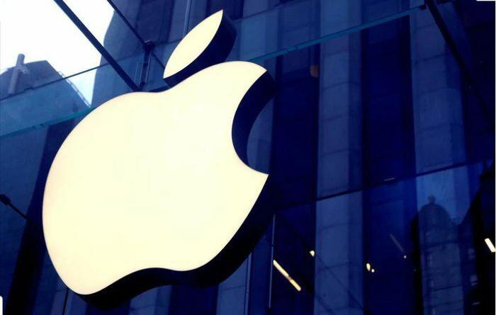 Apple thuê cựu CEO BMW để phát triển xe điện - ảnh 1