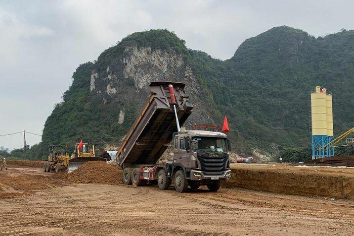Thông xe cao tốc Bắc - Nam đoạn Cao Bồ - Mai Sơn vào cuối năm 2021 - ảnh 1