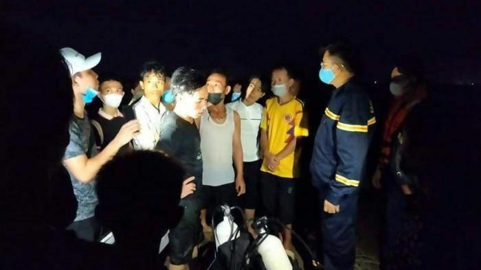 Thanh Hóa: Nhóm trẻ gặp nạn bên bãi biển, 2 em tử vong, 1 em mất tích - ảnh 1