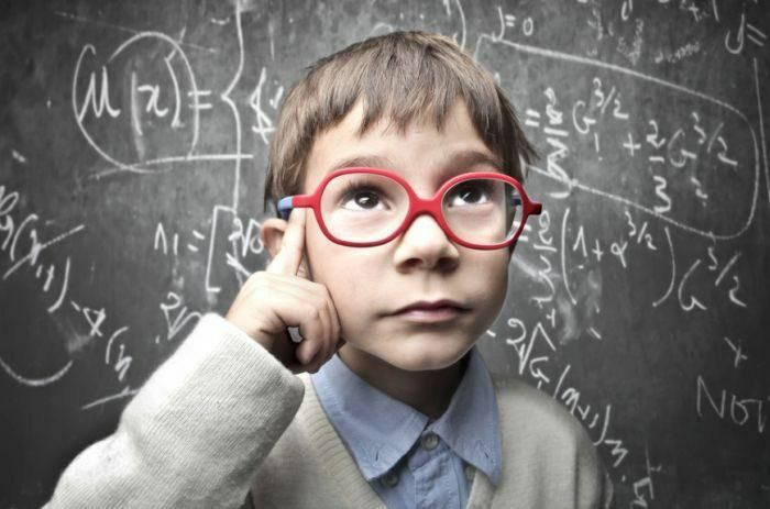 8 đặc điểm thường có ở người thông minh