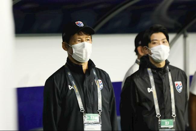 Thái Lan sa thải HLV Nishino, mời Kiatisak trở lại