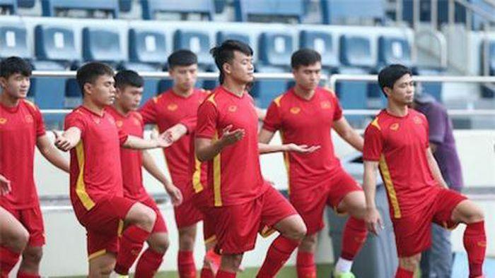 HLV Park Hang Seo công bố danh sách ĐT Việt Nam ''tham chiến'' với Malaysia - ảnh 1
