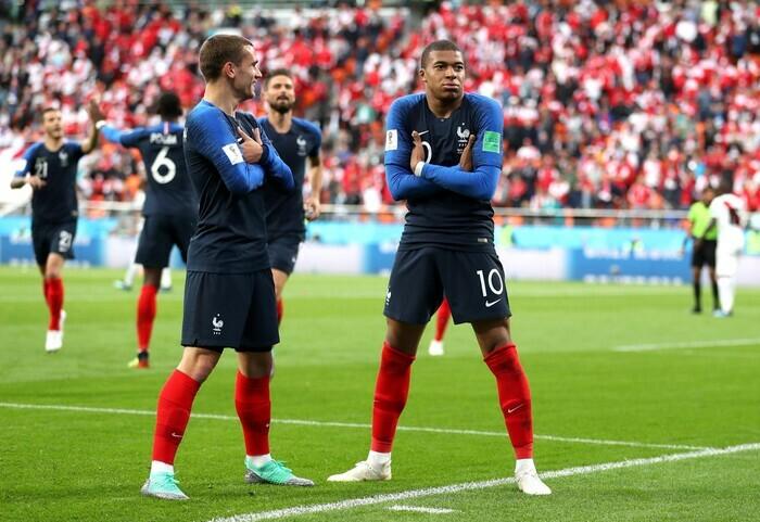 Đêm nay khai mạc EURO 2020: Lịch sử gọi tên người Pháp? - ảnh 1