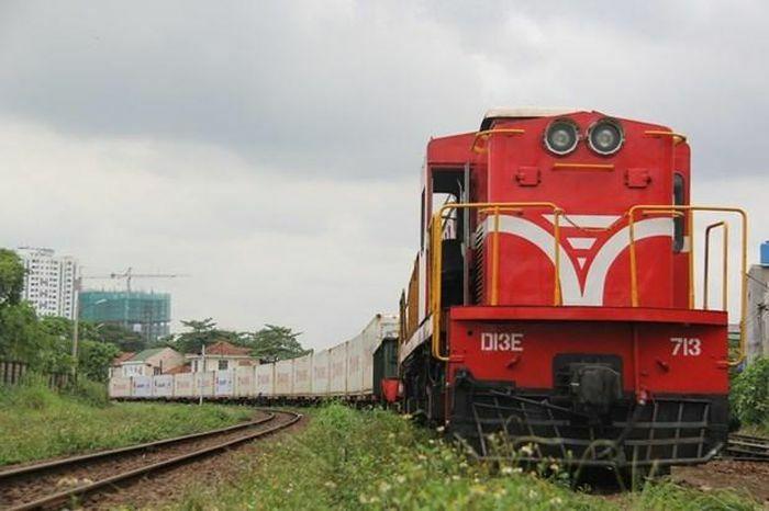 Ngành đường sắt giảm 50% giá cước vận chuyển hàng hóa nông sản - ảnh 1