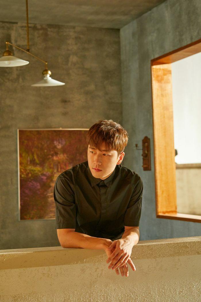 Fan Sechskies liên tục đón tin mừng: Sau Lee Jae Jin, đến lượt thành viên Jang Su Won kết hôn - ảnh 1