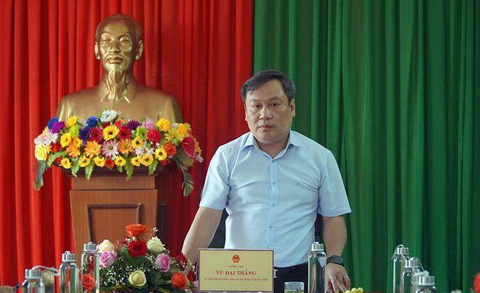 Đồng chí Bí thư Tỉnh ủy làm việc với Công ty cổ phần xi măng VICEM Hải Vân - ảnh 1