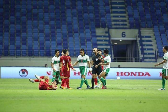 HLV Indonesia nói về trận thua Việt Nam: ''Chưa từng thấy thế trận thay đổi nhanh như thế'' - ảnh 1