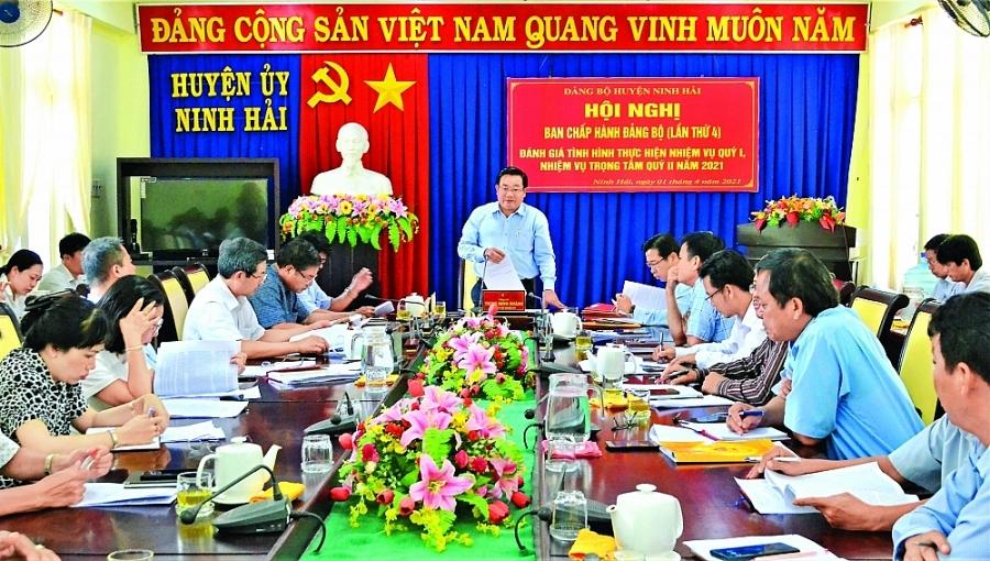 Huyện Ninh Hải: Phát huy lợi thế kinh tế biển - ảnh 1