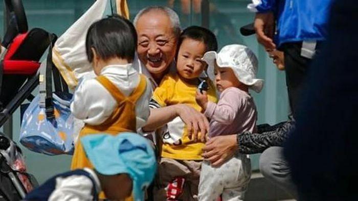 Những lý do khiến chính sách 3 con của Trung Quốc trở nên quá muộn màng
