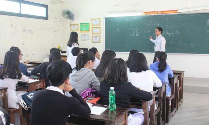 Vì sao trường học ngày càng thiếu giáo viên nam? (Bài cuối: Giải bài toán về nguồn nhân lực nam cho ngành sư phạm) - ảnh 1