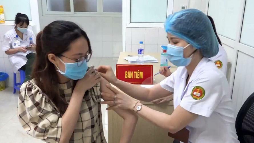 Việt Nam thử nghiệm giai đoạn 3 vắc xin Nanocovax trên diện rộng - ảnh 1
