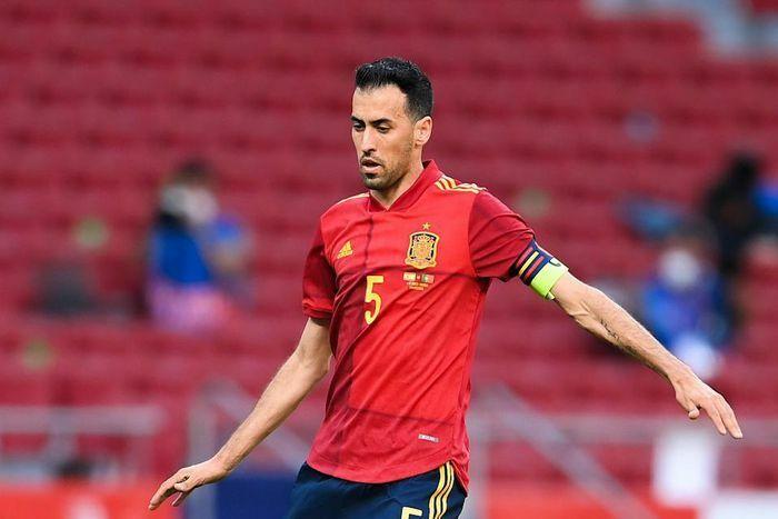 Busquets mắc COVID-19, toàn đội Tây Ban Nha phải cách ly trước thềm EURO 2020 - ảnh 1