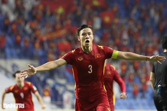 Cầu thủ nào chơi hay nhất của đội tuyển Việt Nam ở trận gặp Malaysia? - ảnh 1