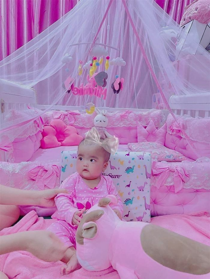Những căn phòng đẹp lung linh của các công chúa, hoàng tử nhà sao Việt - ảnh 1