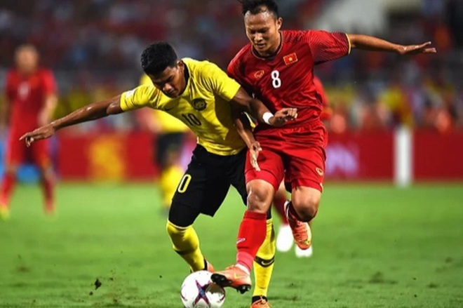 Việt Nam 0-0 Malaysia (Hiệp 1): Văn Hậu, Công Phượng đá chính - ảnh 1