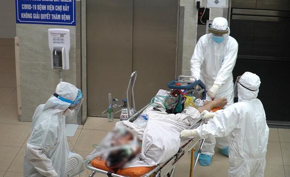 Ca COVID-19 tử vong trên đường chuyển viện: Có triệu chứng sớm nhưng tự mua thuốc uống tại nhà - ảnh 1