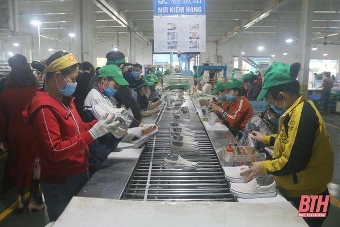 Thanh Hóa nỗ lực giải quyết việc làm cho hàng chục nghìn người lao động - ảnh 1