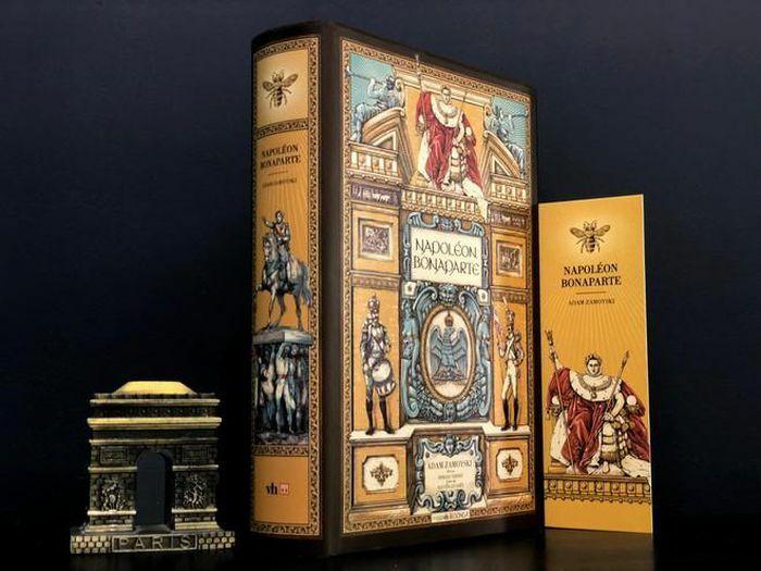 ''Napoleon Bonaparte'': Cuốn sách chân thực về ''hoàng đế nước Pháp'' - ảnh 1