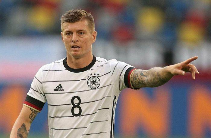 Toni Kroos cảnh báo tuyển Đức trước khi ra quân chiến Pháp