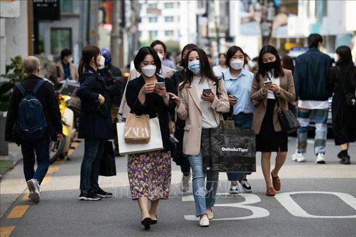 Hàn Quốc cho phép công dân đã tiêm chủng đầy đủ được du lịch nước ngoài - ảnh 1