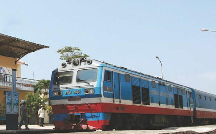 Ngành đường sắt hỗ trợ bà con nông dân vận chuyển hàng nông sản - ảnh 1