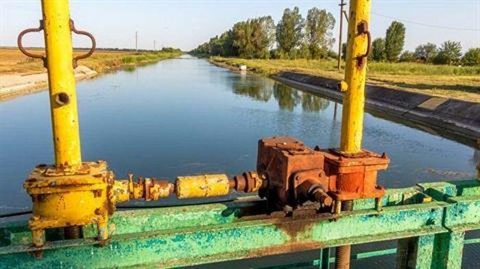 Kiev đề nghị đổi Donbass lấy nước ngọt cho bán đảo Crimea? - ảnh 1
