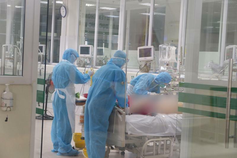 Bố Y tế công bố liên tiếp 2 ca mắc Covid-19 tử vong - ảnh 1