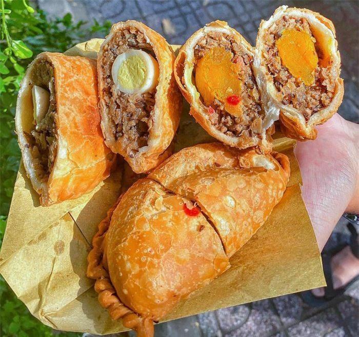 7 món bánh ngon gợi nhớ hương vị tuổi thơ ở TP.HCM - ảnh 1