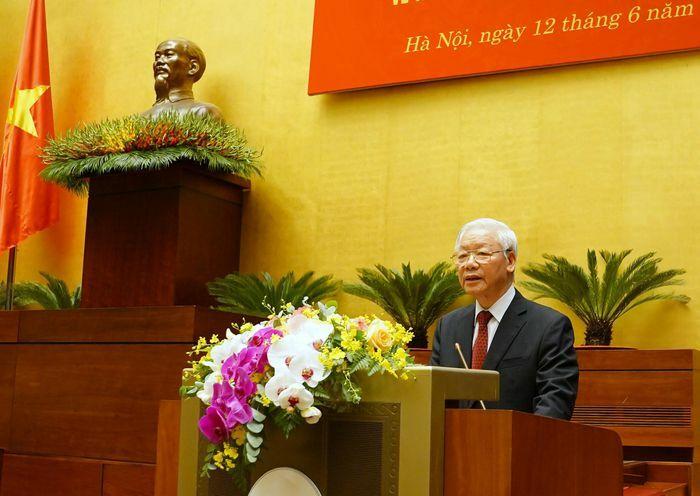 Tổng Bí thư Nguyễn Phú Trọng: Cán bộ, đảng viên phải suy nghĩ, hành động vì lợi ích chung, vì hạnh phúc của nhân dân - ảnh 1