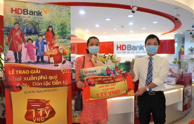 Danh sách khách hàng trúng hơn 11 tỷ đồng từ HDBank - ảnh 1