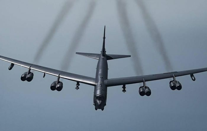 Máy bay ném bom B-52H của Mỹ kéo vào Biển Baltic, Nga nổi nóng: ''Dễu võ giương oai'' - ảnh 1