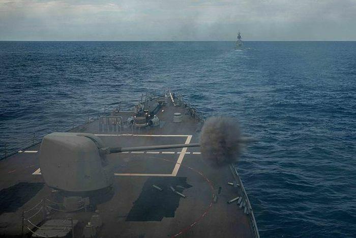 Trung Quốc tố Mỹ - Úc khoe cơ bắp trên biển Đông - ảnh 1