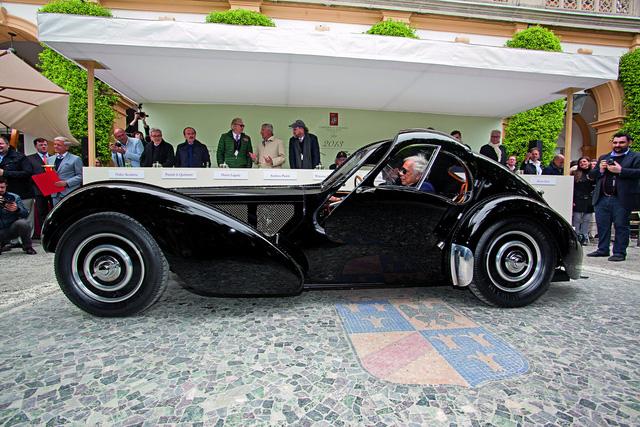 Bugatti được bán cho Porsche nhưng tin đồn về mẫu xe mới là điều có thể làm các fan tiếc nuối - ảnh 1