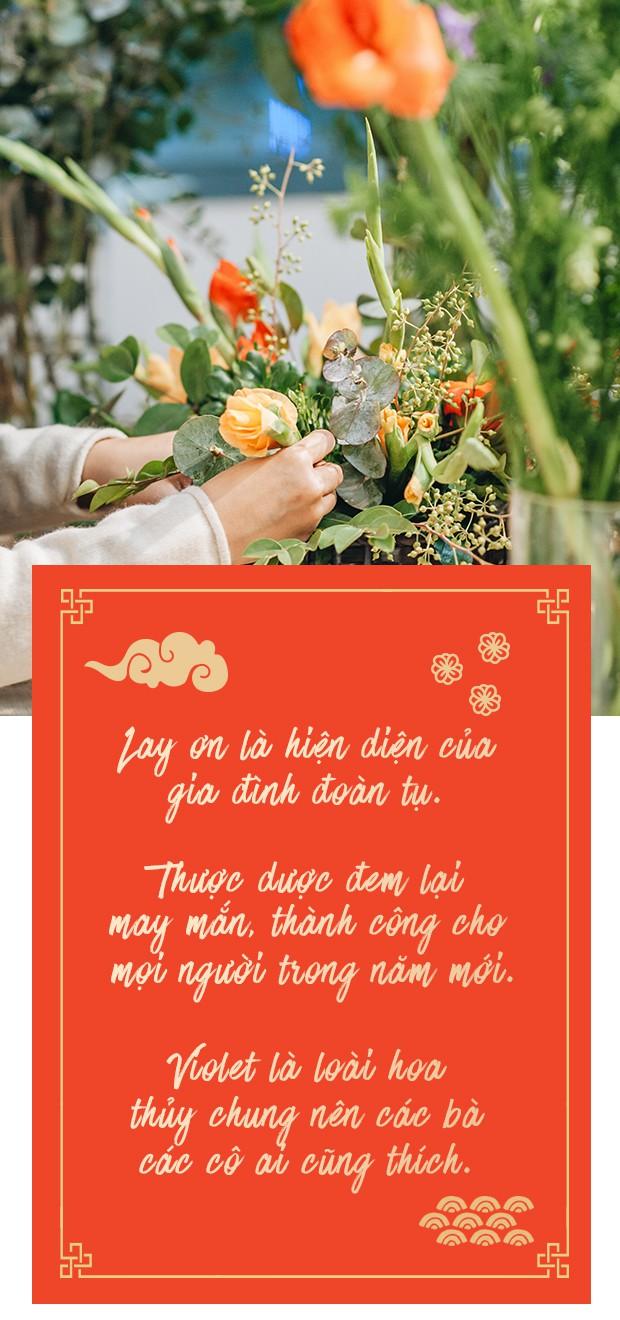 2 cách cắm hoa Tết đẹp lung linh dành cho gia đình trẻ với chi phí chỉ khoảng 1 triệu đồng
