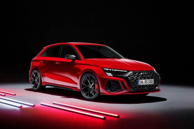 Audi RS3 2022 trình làng: Công suất 401 mã lực, giá hơn 1,6 tỷ đồng - ảnh 1