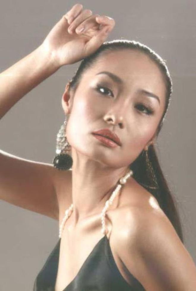 Làng mẫu Việt từng có 1 người xuất chúng không kém Thanh Hằng hay Xuân Lan, nhưng cuối cùng lại biến mất bí ẩn