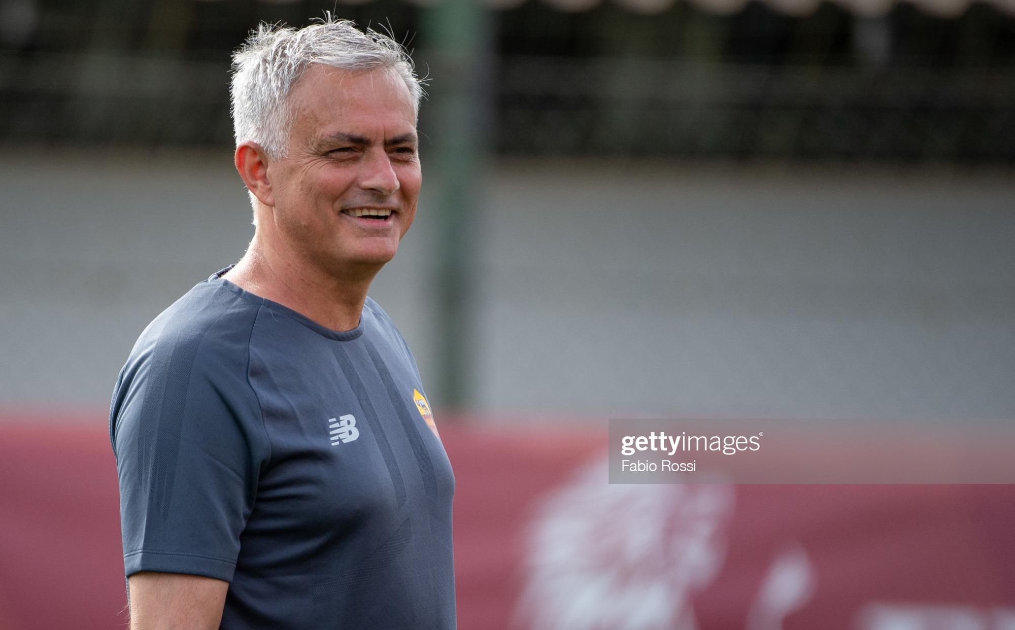 AS Roma đại thắng 10-0 trong trận ra mắt của HLV Jose Mourinho