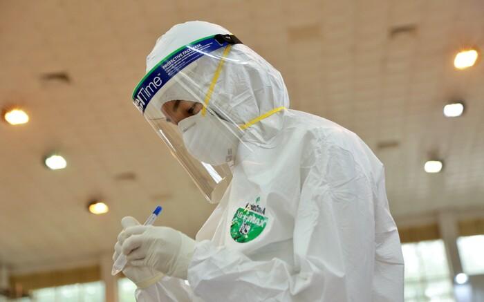Hà Nội: Thêm 3 ca dương tính SARS-CoV-2 trong đó có giáo viên, cách ly y tế 2 toà nhà tại Ecohome 2