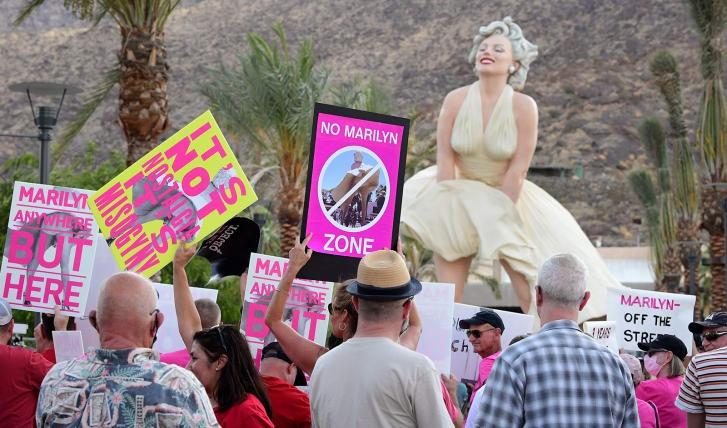 Phản đối dựng tượng Marilyn Monroe ở Mỹ