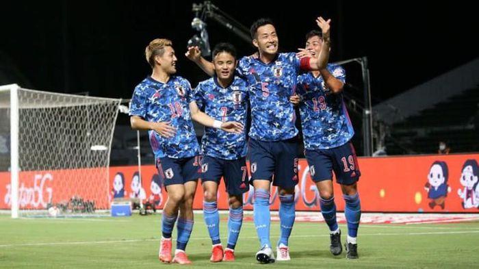 Bóng đá nam Olympic: Chủ nhà Nhật khó chịu, Hàn dễ thở - ảnh 1