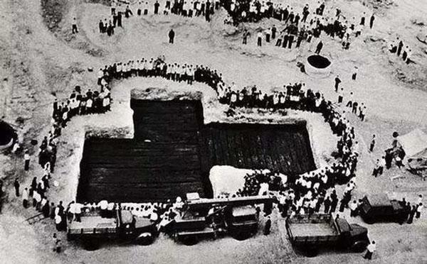 """""""Thủy mộ"""" 2.500 năm độc nhất tại Trung Quốc: Kinh ngạc bên trong"""