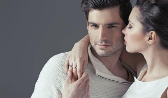 ''Đời sống vợ chồng'' nên thực hiện buổi sáng hay buổi tối tốt hơn? Hầu hết mọi người đang làm điều đó sai - ảnh 1