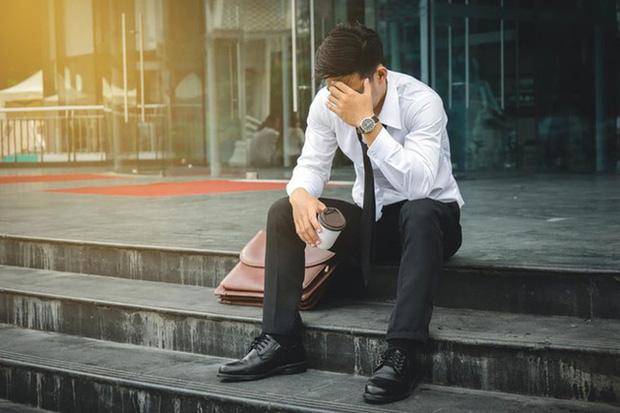 """Câu chuyện bi hài về hành trình tìm việc của những CEO sau khởi nghiệp thất bại: Người rải 2.000 hồ sơ vẫn """"tay không"""", kẻ cay đắng khi gặp sếp mới là nhân viên cũ"""